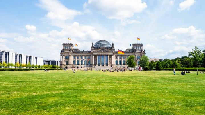 berlin-Reichstag-1112x630